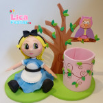 Alice no País das Maravilhas 15 cm
